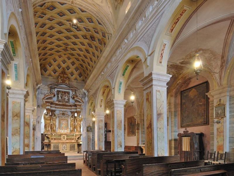 Chiesa della Madonna della Sbarra. Navata. Fedeli, Marcello; jpg; 2126 pixels; 1417 pixels