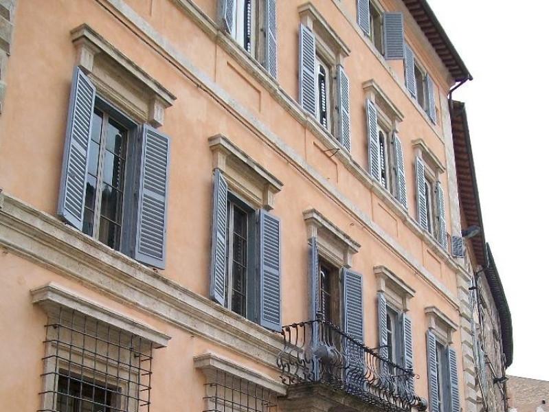 Casa-Museo di Palazzo Sorbello. Facciata.  Bovini, Mirko; jpg; 2448 pixels; 3264 pixels