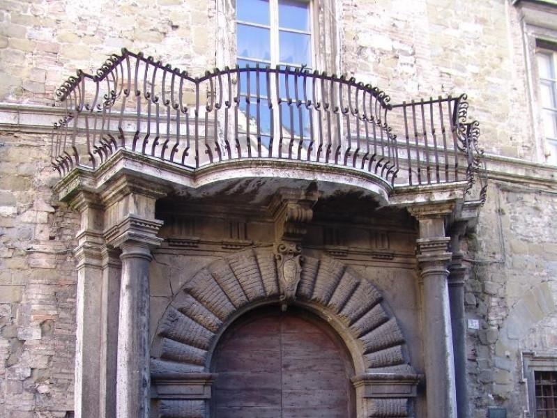 Casa-Museo di Palazzo Sorbello. Ingresso.  Bovini, Mirko; jpg; 1536 pixels; 2048 pixels
