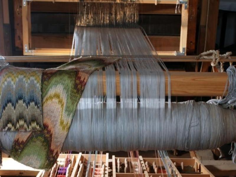 """Laboratorio di tessitura artistica a mano """"Gi Bellu, Sandro; jpg; 622 pixels; 929 pixels"""