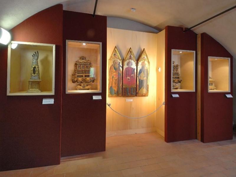 Museo della Abbazia di Sant'Eutizio. Sala Cre jpg; 2126 pixels; 1417 pixels