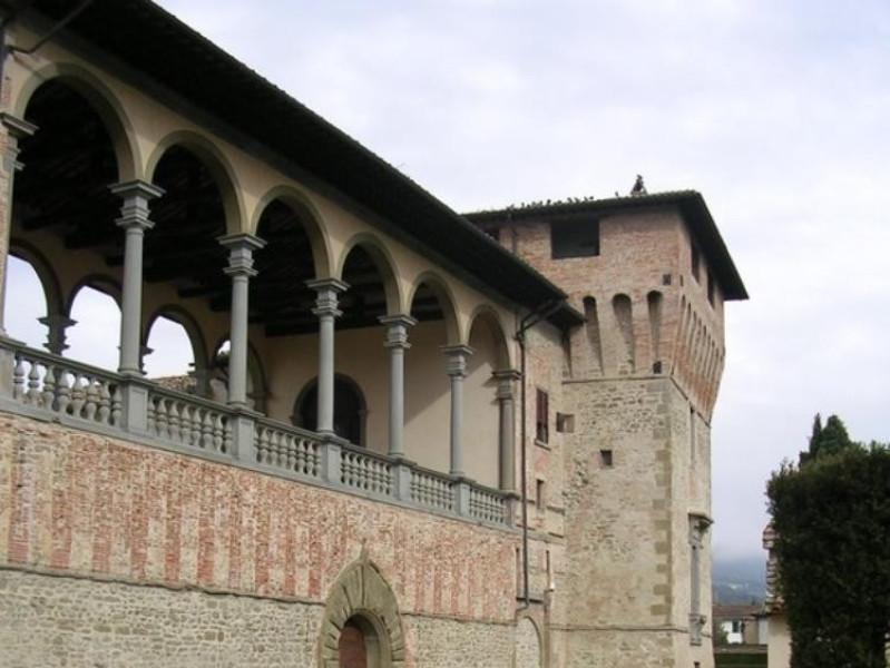 Castello Bufalini. Ingresso.  Parco Tecnologico 3A-Progetto Ville e Giardini Regione Umbria; jpg; 576 pixels; 768 pixels