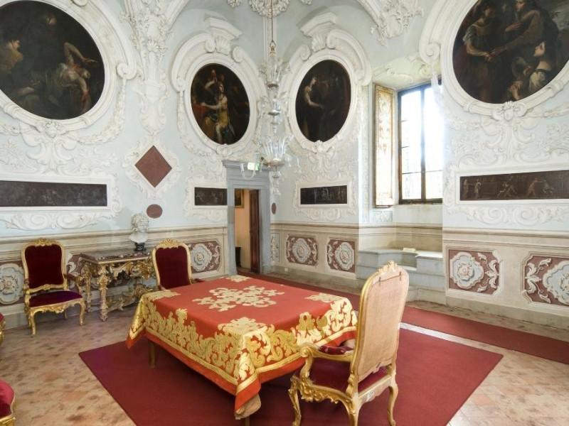Castello Bufalini. Interno. Stanza degli stuc Parco Tecnologico 3A-Progetto Ville e Giardini Regione Umbria; jpg; 1936 pixels; 1296 pixels
