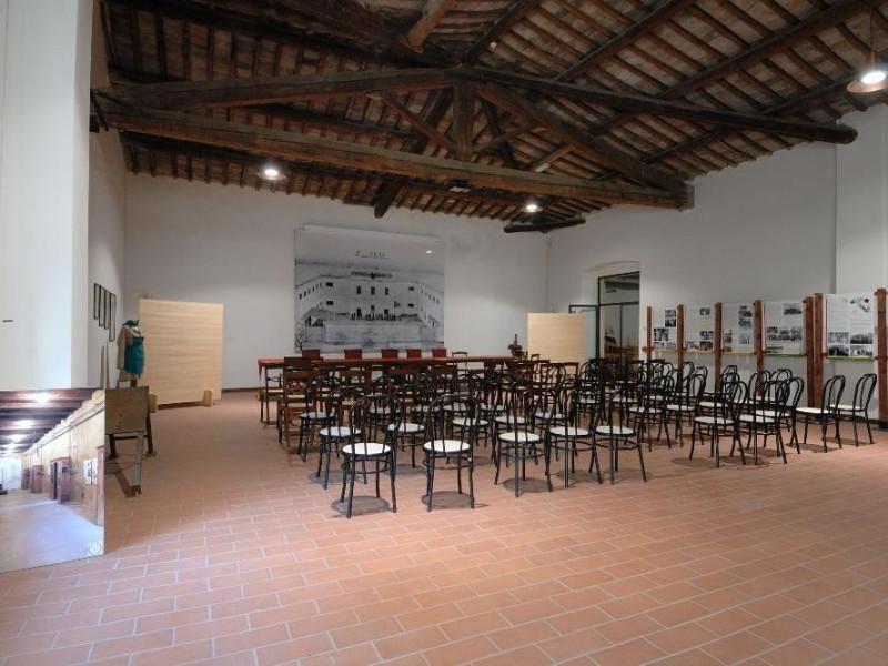 Museo storico e scientifico del Tabacco. Sala Fedeli, Marcello; jpg; 2126 pixels; 1417 pixels