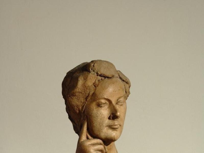 "Collezione permanente Emilio Greco. ""Pamela I jpg; 1417 pixels; 2126 pixels"