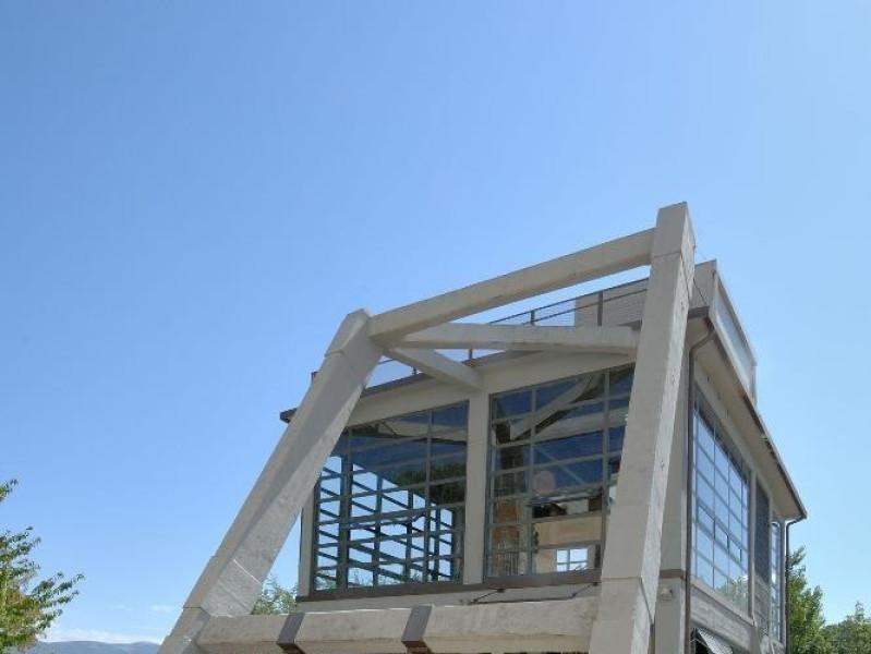 Museo delle Miniere di Morgnano. Esterno. jpg; 1417 pixels; 2126 pixels