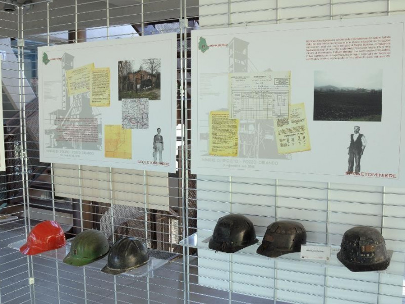 Museo delle Miniere di Morgnano. Interni. jpg; 2126 pixels; 1417 pixels