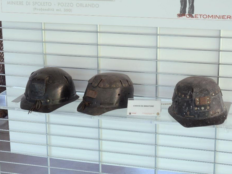 Museo delle Miniere di Morgnano. Interni. Cas jpg; 2126 pixels; 1417 pixels
