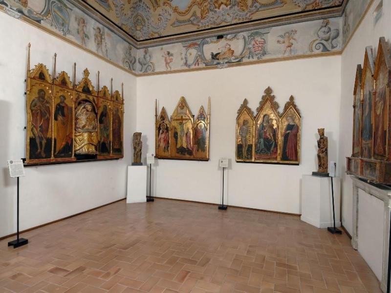 Museo diocesano e Basilica di Santa Eufemia.  ; jpg; 2126 pixels; 1417 pixels