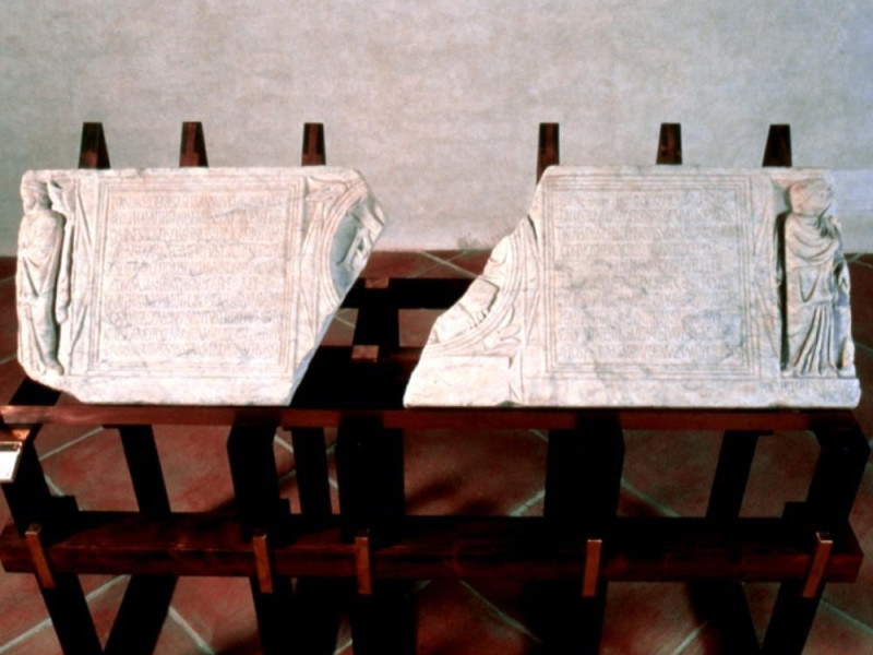 Museo Nazionale del Ducato di Spoleto. Fronte Archivio fotografico BAPPSAE dell'Umbria/ Bellu, Sandro; jpg; 721 pixels; 576 pixels