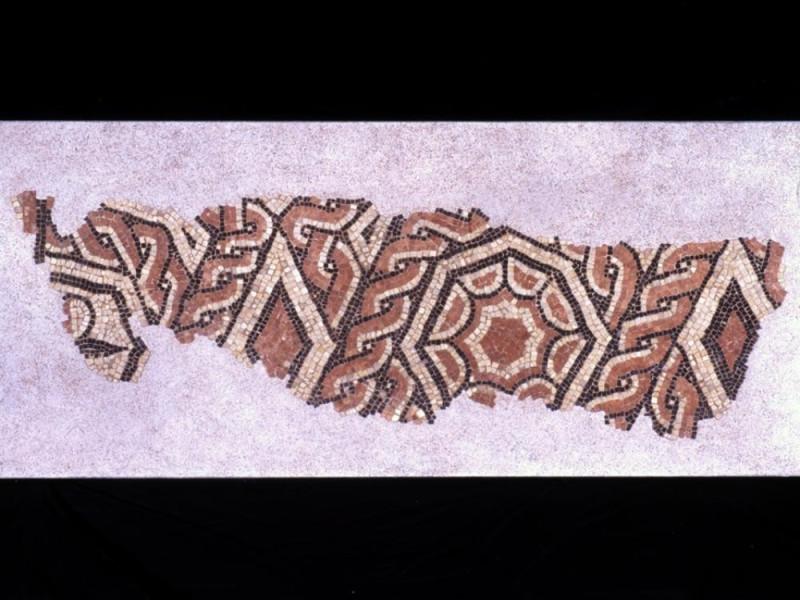 Museo Nazionale del Ducato di Spoleto. Mosaic Archivio fotografico BAPPSAE dell'Umbria/ Bellu, Sandro; jpg; 935 pixels; 717 pixels