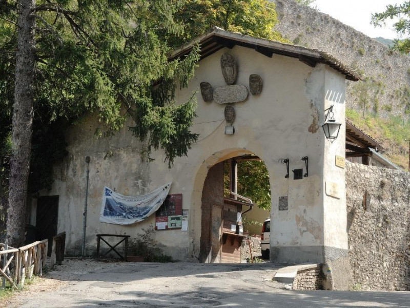 Rocca Albornoziana. Ingresso. Fedeli, Marcello; jpg; 2126 pixels; 1417 pixels