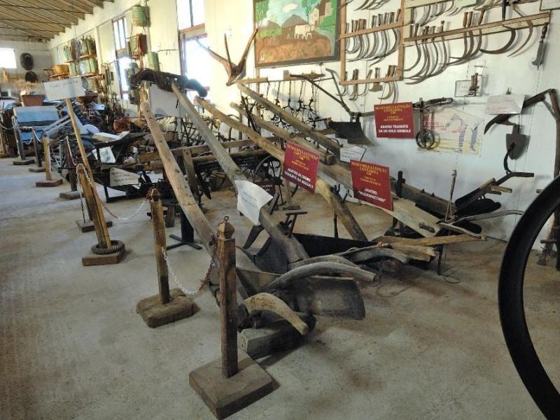 Museo della civiltà contadina. Esposizione. ; jpg; 2126 pixels; 1417 pixels