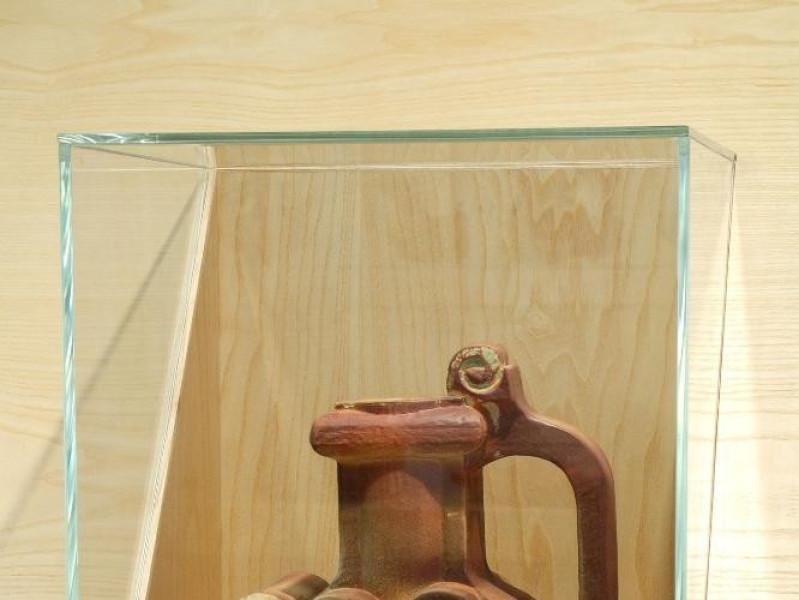 Collezione Nino Caruso. Vaso. jpg; 1417 pixels; 2126 pixels