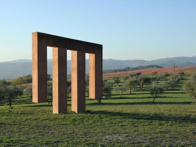 Mirta Carroli. Scultura. Il Tempio delle Voci Fedeli, Marcello; jpg; 2126 pixels; 1417 pixels