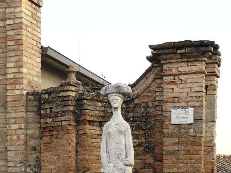 Aurelio De Felice. Scultura. La Montanara. 19 Fedeli, Marcello; jpg; 1417 pixels; 2126 pixels