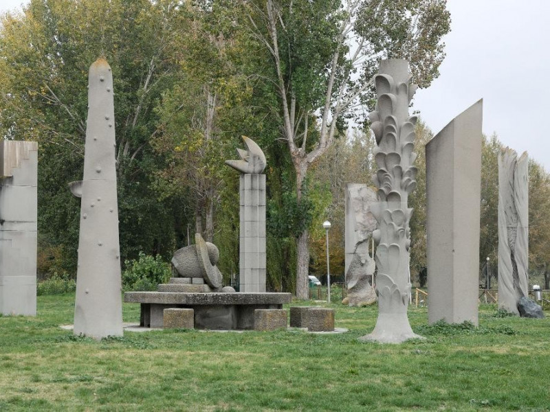 Museo all'aperto Campo del Sole. jpg; 2126 pixels; 1417 pixels