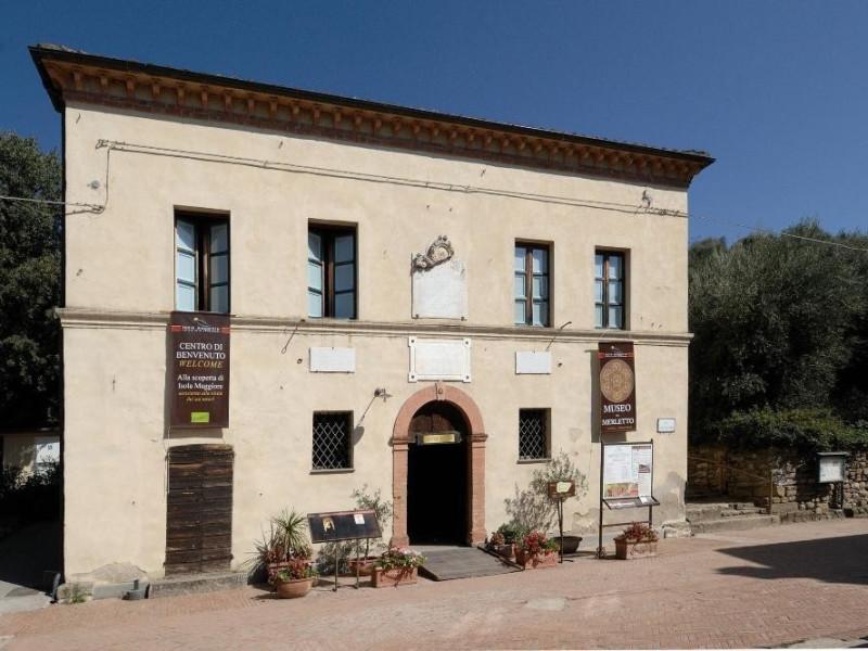 Museo del Merletto. Esterno. ; jpg; 2126 pixels; 1417 pixels