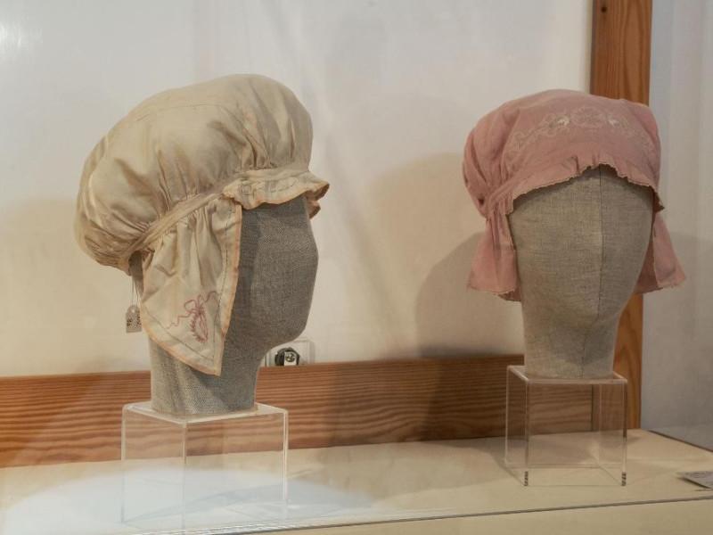 Museo del ricamo e del tessile. Interno. Vetr jpg; 2126 pixels; 1417 pixels