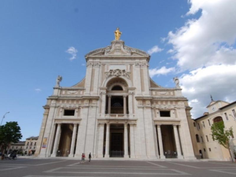 Basilica di santa maria degli angeli sito unesco - La tavola rotonda santa maria degli angeli ...