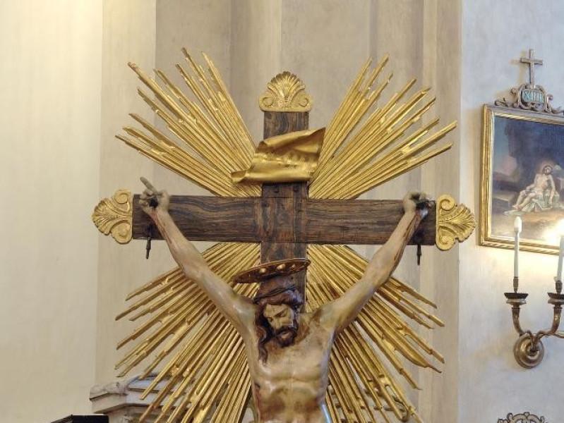 Collegiata di Santa Maria Maggiore, Crocifiss Fedeli, Marcello; jpg; 1417 pixels; 2126 pixels