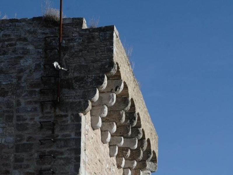 Rocca Maggiore. Veduta esterna Fedeli, Marcello; jpg; 1417 pixels; 2126 pixels