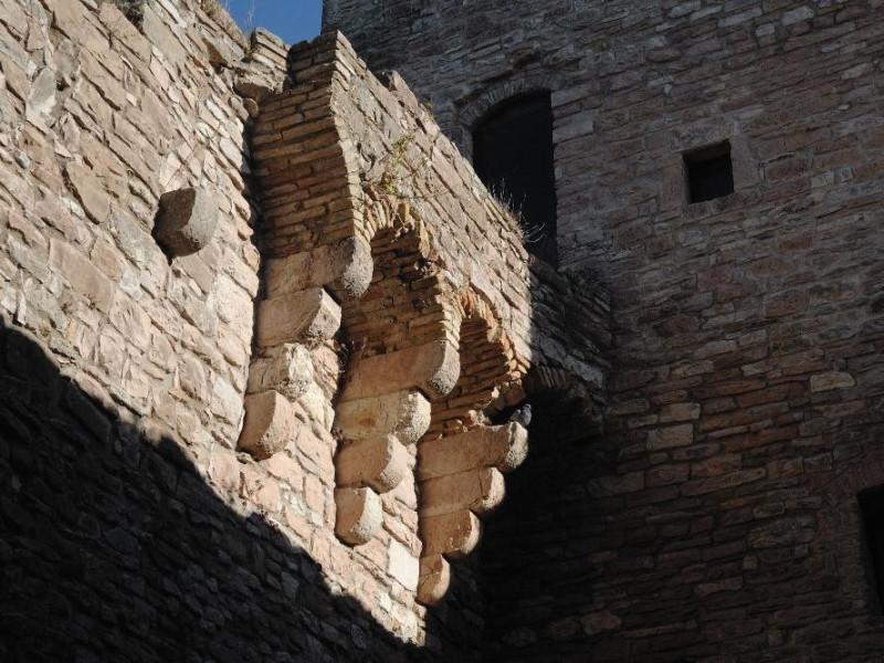 Rocca Maggiore. Veduta esterna Fedeli, Marcello; jpg; 2126 pixels; 1417 pixels