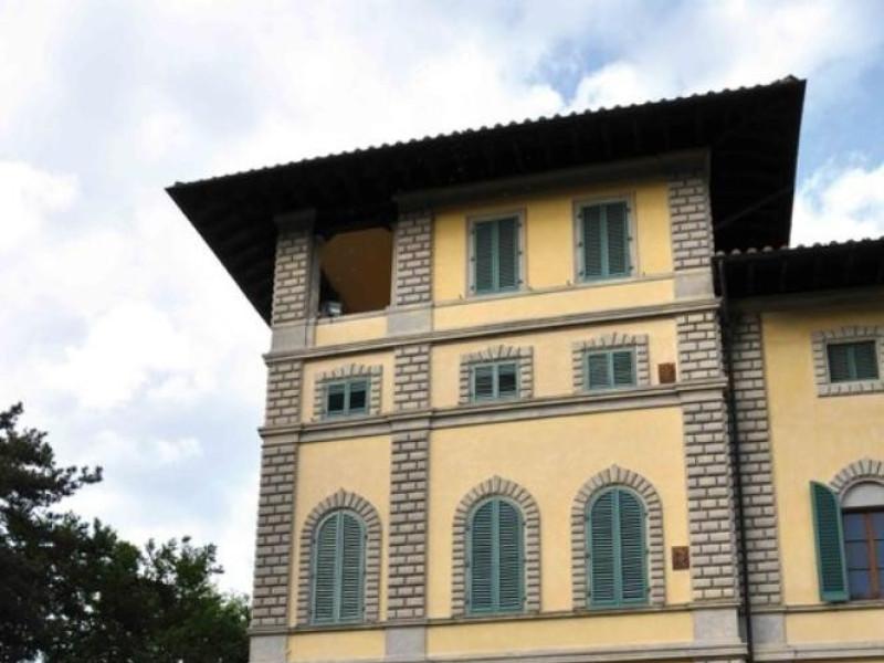 """Villa Franchetti """"La Montesca"""". Esterno, part Parco Tecnologico 3A-Progetto Ville e Giardini Regione Umbria; jpg; 510 pixels; 768 pixels"""