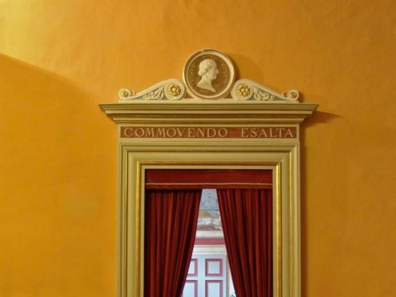 Teatro della Sapienza. Ingresso laterale alla Bovini, Mirko
