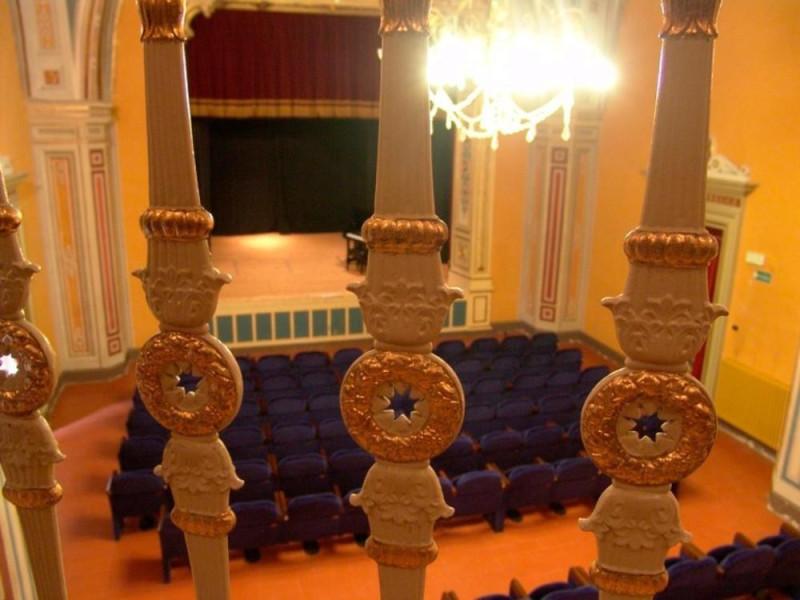 Teatro della Sapienza. Veduta di platea e pal Bovini, Mirko