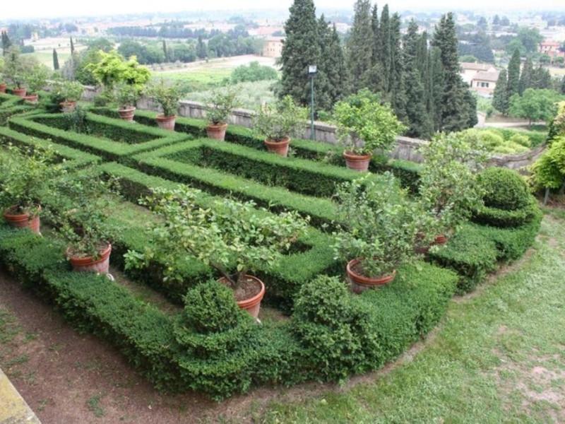 Villa Fidelia. Il giardino all'italiana, sec. Parco Tecnologico 3A-Progetto Ville e Giardini Regione Umbria; jpg; 768 pixels; 512 pixels