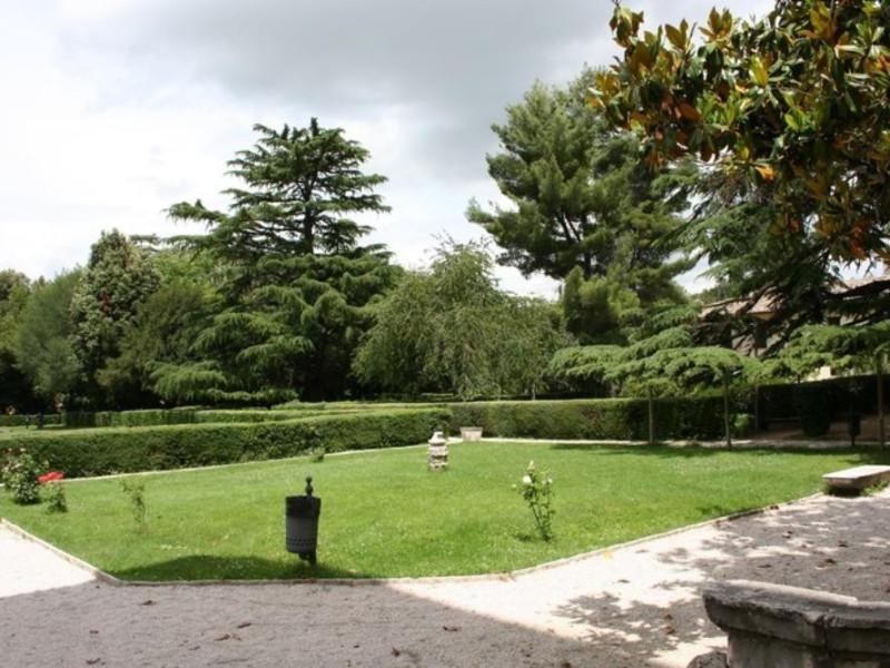 Villa Redenta. Il giardino. Parco Tecnologico 3A-Progetto Ville e Giardini Regione Umbria; jpg; 768 pixels; 512 pixels