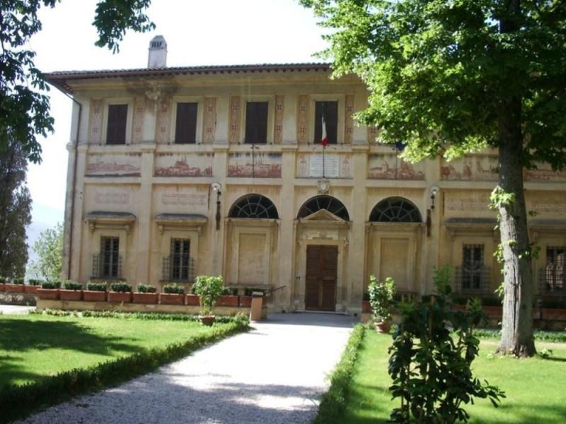Villa Fabri. Facciata principale. Parco Tecnologico 3A-Progetto Ville e Giardini Regione Umbria; jpg; 768 pixels; 576 pixels