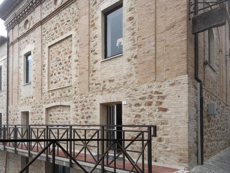 Veduta esterna. Fedeli, Marcello; jpg; 2126 pixels; 1417 pixels
