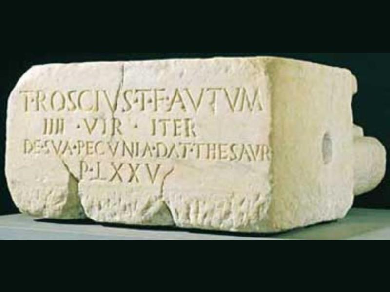 Thesaurus marmoreo. Fine I secolo a C. Giorgetti, Alessio/ Bellu, Sandro/ Paparelli, Daniele; jpg; 374 pixels; 180 pixels