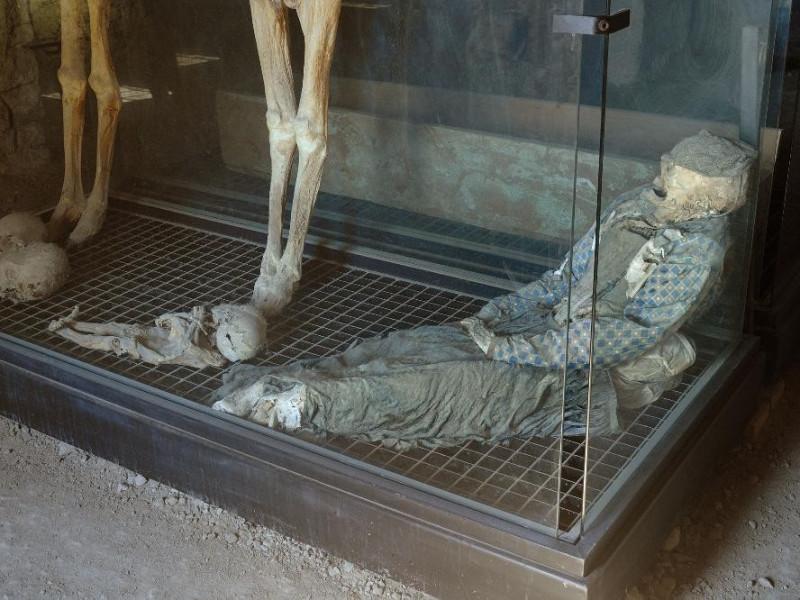 """Museo """"Le Mummie di Ferentillo"""". Interno Fedeli, Marcello; jpg; 2126 pixels; 1417 pixels"""