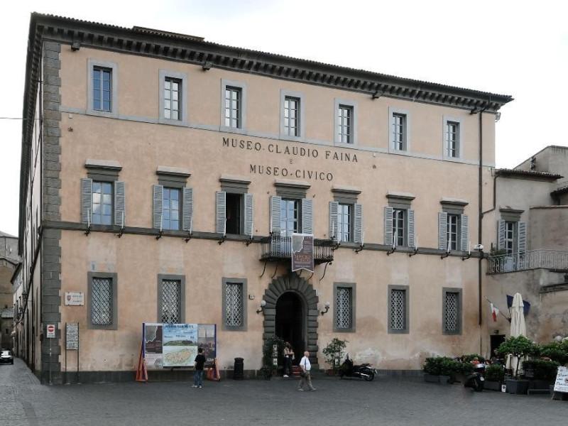 Veduta esterna Fedeli, Marcello; jpg; 2126 pixels; 1417 pixels