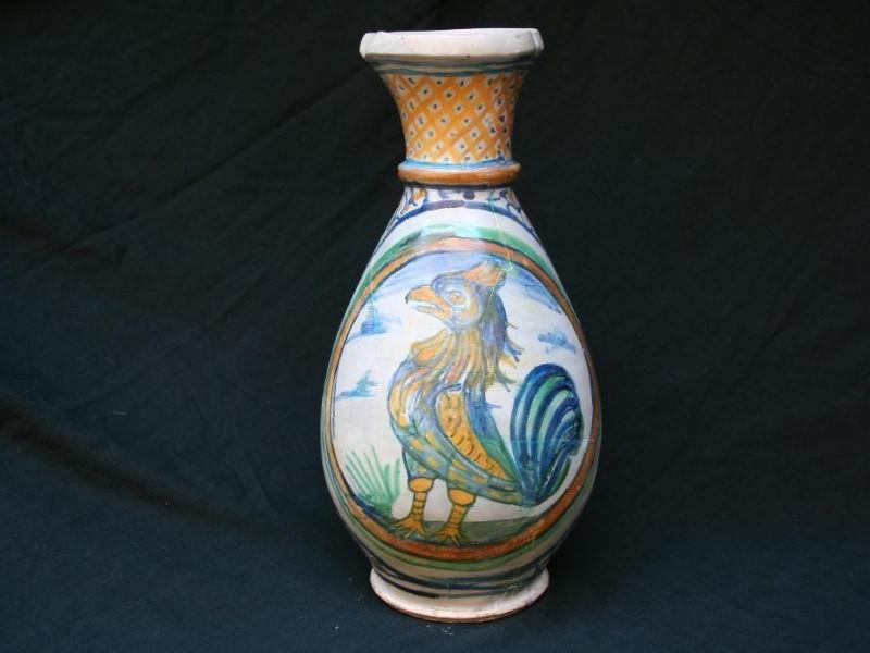 Vaso di epoca medievale jpg; 3456 pixels; 2304 pixels