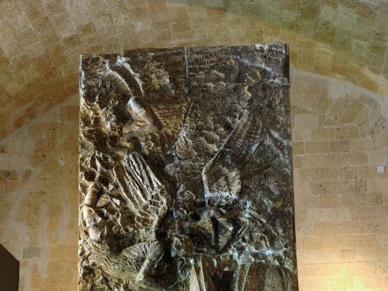 Emilio Greco. Scultura. Calco del monumento a jpg; 1417 pixels; 2126 pixels