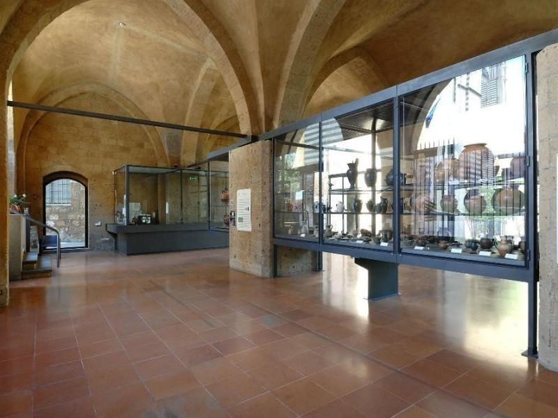 Sala espositiva Fedeli, Marcello; jpg; 2126 pixels; 1417 pixels