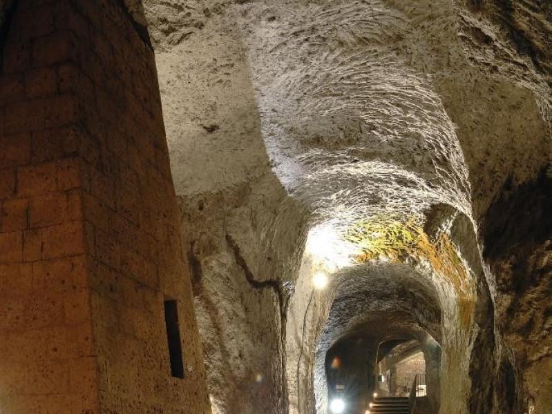 Orvieto underground. Percorso interno. jpg; 1417 pixels; 2126 pixels