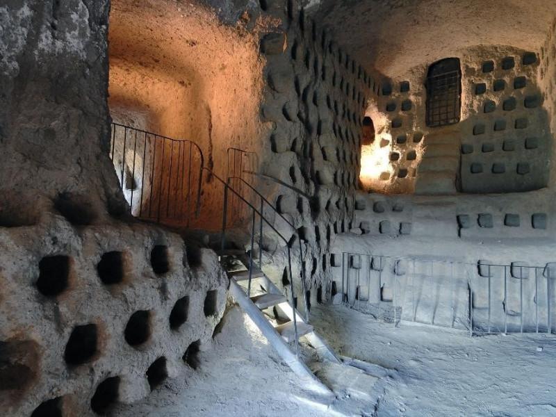 Orvieto underground. Percorso interno. Colomb jpg; 2126 pixels; 1417 pixels
