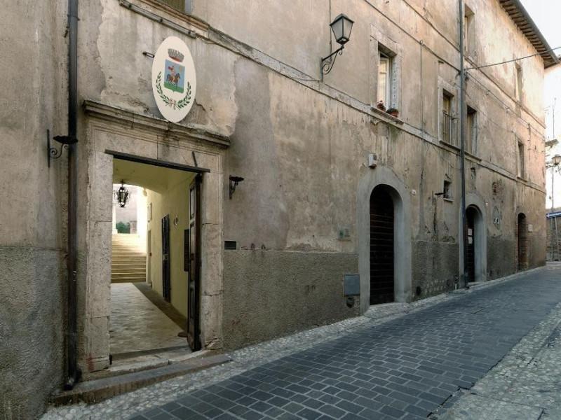 Antiquarium Comunale. Veduta esterna. Fedeli, Marcello; jpg; 2126 pixels; 1417 pixels