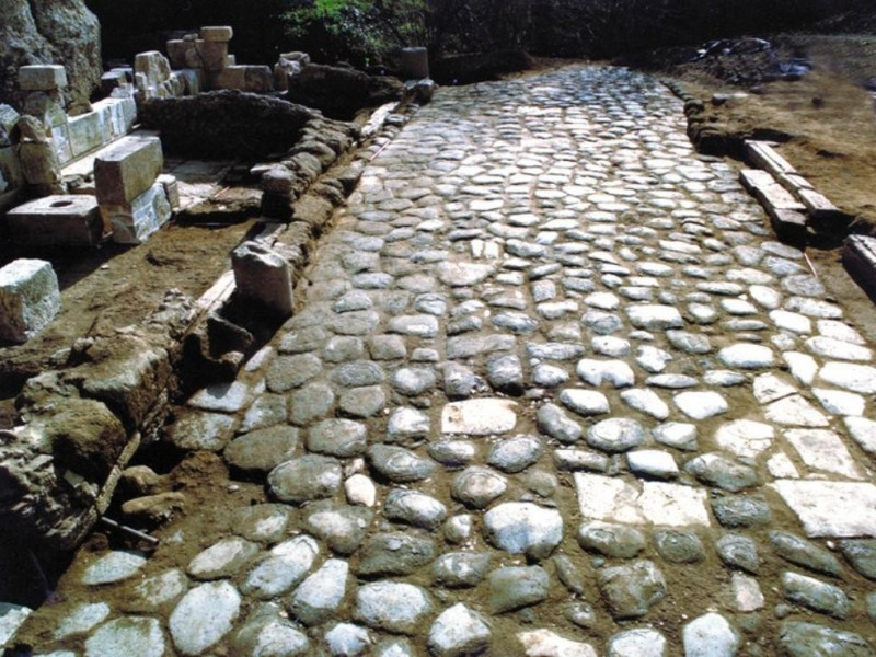 Parco archeologico jpg; 768 pixels; 568 pixels