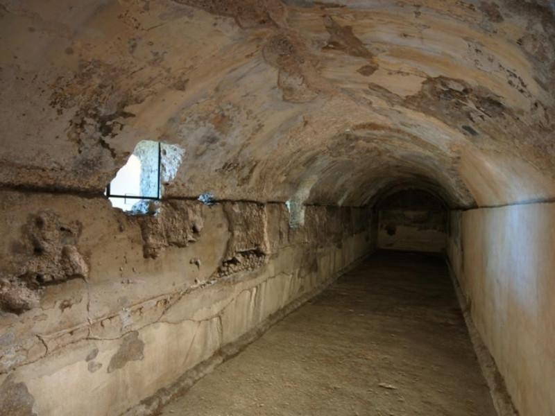 Parco archeologico jpg; 929 pixels; 622 pixels