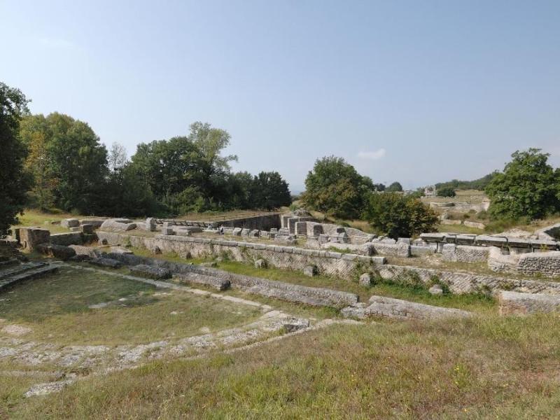 Parco archeologico di Carsulae. ; jpg; 2126 pixels; 1417 pixels