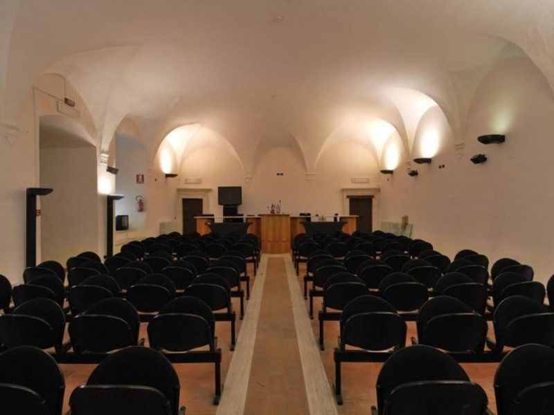 Interno. Sala riunioni. Fedeli, Marcello; jpg; 768 pixels; 511 pixels