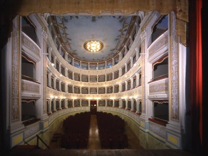 Teatro Sociale. Interno, 1782. Ficola, Paolo; jpg; 768 pixels; 574 pixels