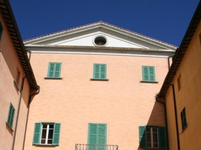 Villa Paolina. Facciata posteriore.  Parco Tecnologico 3A-Progetto Ville e Giardini Regione Umbria; jpg; 512 pixels; 768 pixels