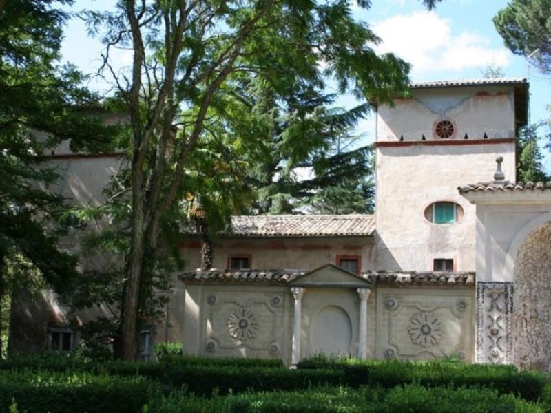 Villa Paolina. La casa colonica. Parco Tecnologico 3A-Progetto Ville e Giardini Regione Umbria; jpg; 768 pixels; 512 pixels